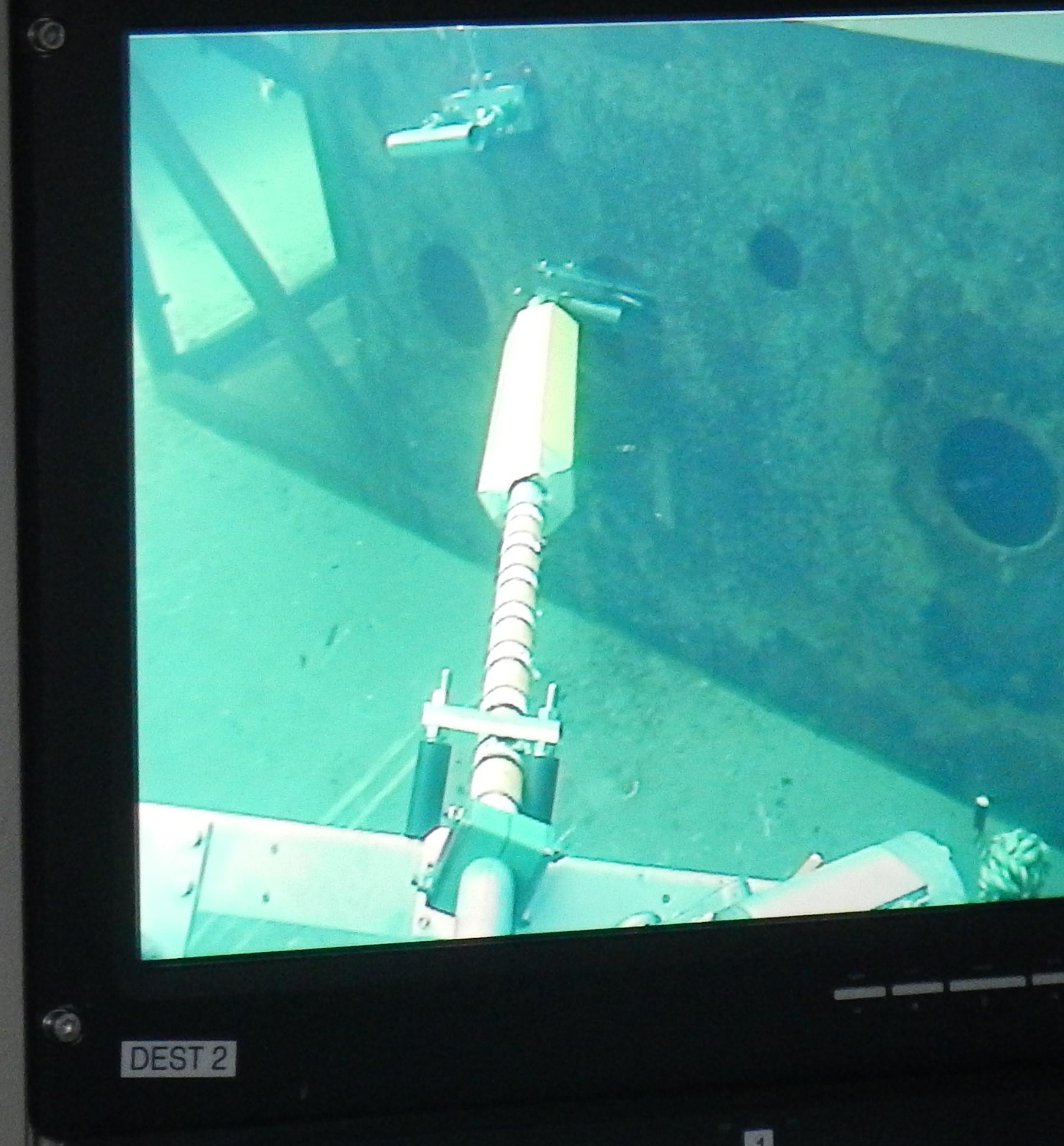 Conventional Cleaning method with UHP ROV Lances.